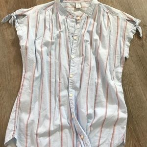 NWOT- Old Navy Button Up